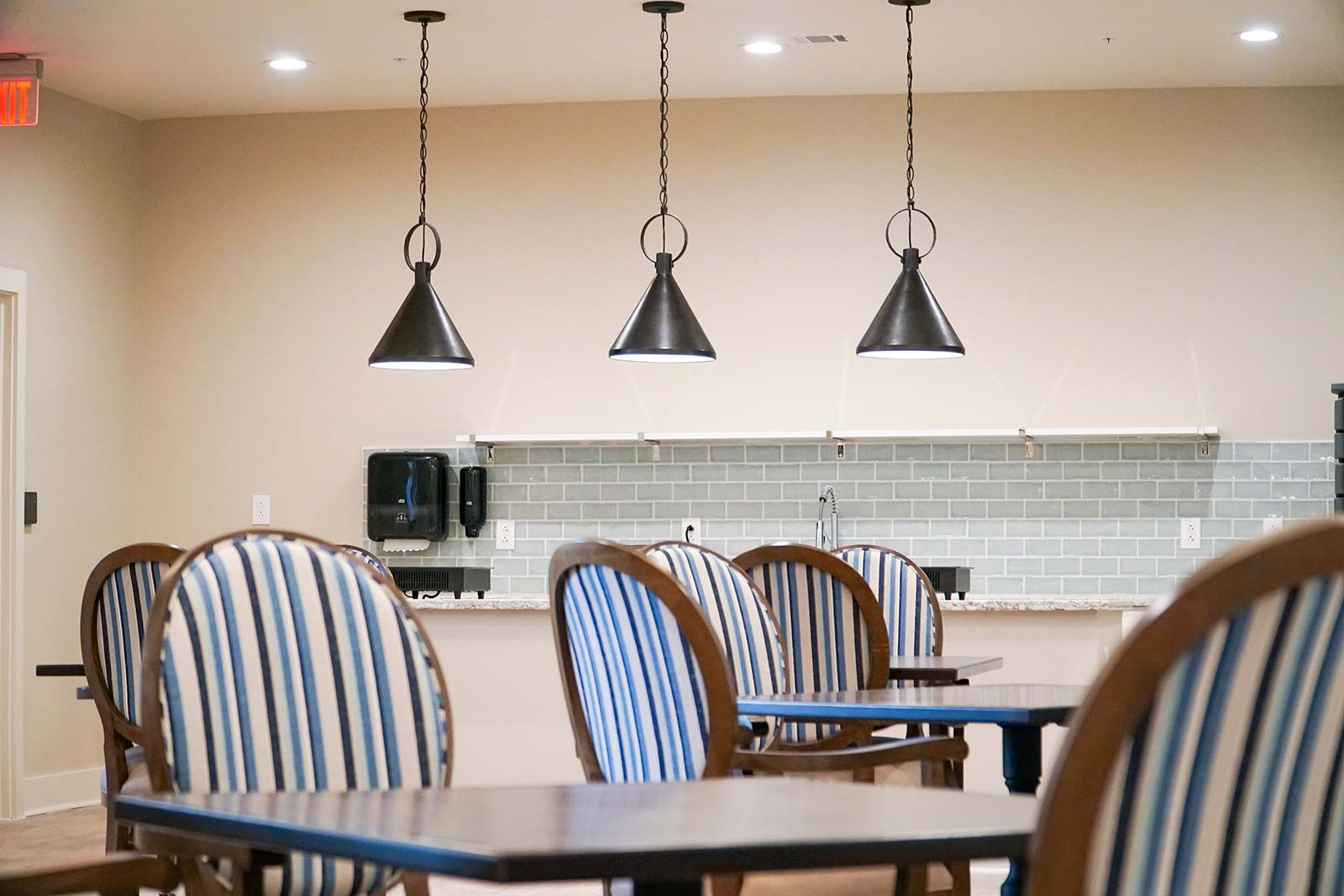 Memory care dining room at New Haven senior living community in Little River SC